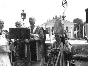 Uroczystość konsekracji na biskupa ks. infułata Jana Nowickiego
