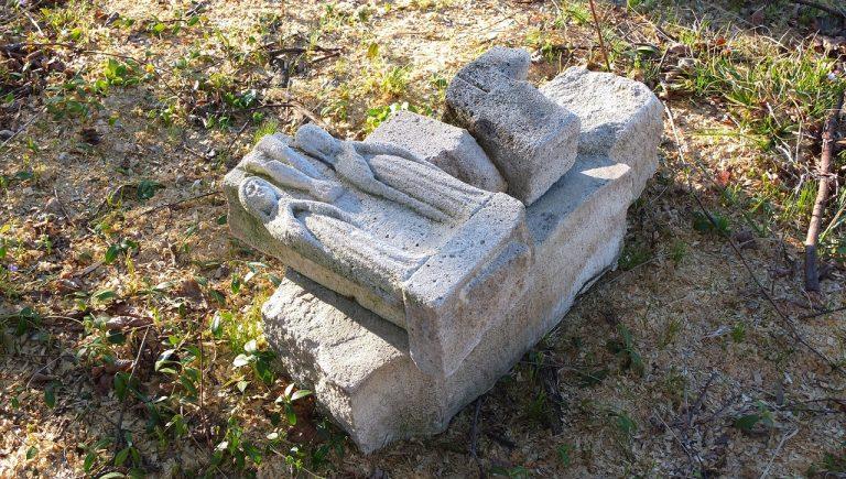 Cmentarz greckokatolicki w Krzywem, marzec 2020 r.